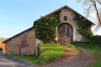 Grange-Arpajon-sur-Cere
